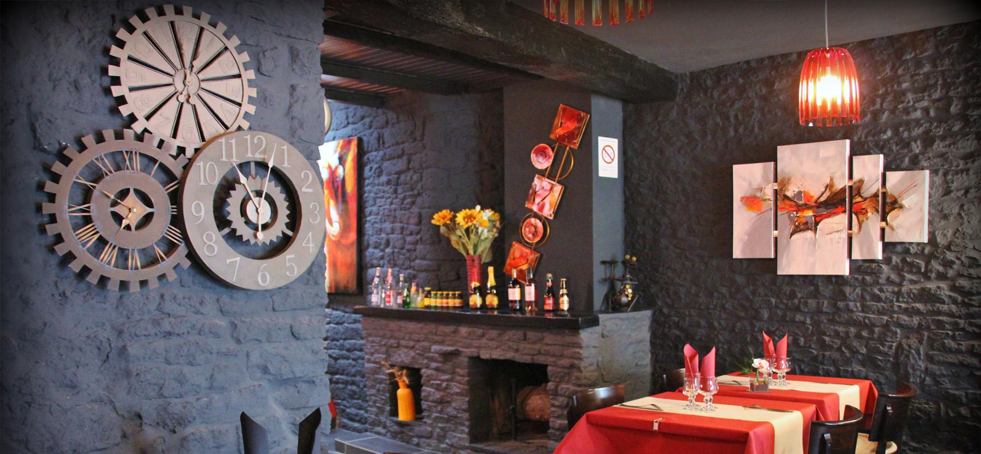 deco-ambiance-salle-restaurant-creperie-fleur-ble-noir-saint-pierre-oleron-17310